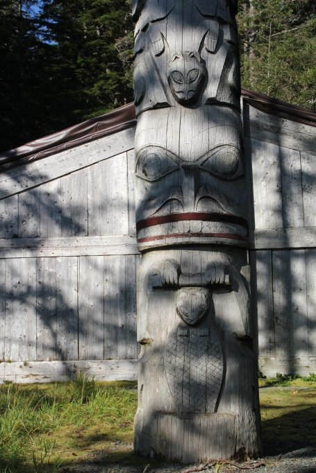 new-w-totem-long-house-kasaan